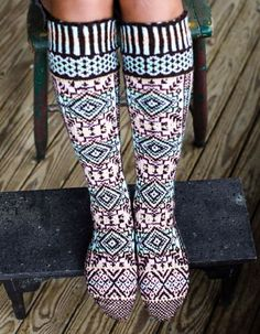 Selbustrikk+S.Anderson-Freed Colorwork Creations: 30 Patterns to Knit Gorgeous Hats, Mittens and Gloves+Swedish Handknits 8 Boot Toppers, Knitting Socks, Knit Socks, Sock Shoes, Bunt, Mittens, Knit Crochet, Knitting Patterns, Traditional