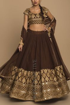 All Ethnic Customization with Hand Embroidery & beautiful Zardosi Art by Expert & Experienced Artist That reflect in Blouse , Lehenga & Sarees Designer creativity that will sunshine You & your Party Worldwide Delivery. Indian Wedding Outfits, Indian Outfits, Indian Clothes, Western Dresses, Indian Dresses, Indian Attire, Indian Wear, Lehnga Dress, Lehenga Choli