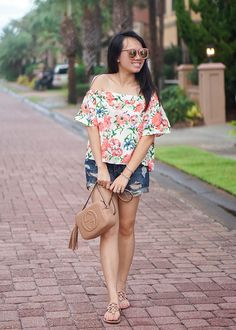 FLORIDIA FLORAL OUTFIT...