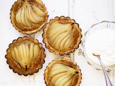 Päronpaj med valnötter och konjak