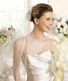 FANAL » Wedding Dresses » 2013 Glamour Collection » La Sposa (close up)