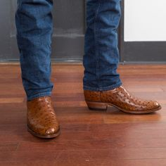 Tecovas Boots: The Wyatt Pecan Ostrich Size 10 Wide Cowboy Outfit For Men, Dresses With Cowboy Boots, Western Boots For Men, Cowboy Outfits, Cowboy Gear, Tecovas Boots, Jeans And Boots, Shoe Boots, Ankle Boots