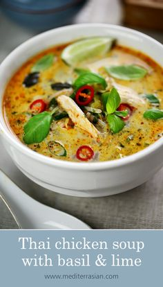 Thai chicken soup with basil and limeYou can find Chicken soup recipes and more on our website.Thai chicken soup with basil and lime Thai Recipes, Asian Recipes, Dinner Recipes, Cooking Recipes, Healthy Recipes, Healthy Food, Lime Recipes, Fall Recipes, Keto Recipes