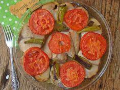 Fırında Hamsi Buğulama Tarifi, Nasıl Yapılır? (Resimli)   Yemek Tarifleri Fresh Rolls, Vegetables, Ethnic Recipes, Food, Fish, Vegetable Recipes, Eten, Veggie Food, Meals