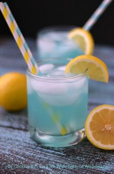 Blue Lemonade | For White Lights on Wednesday By Cooking with Curls