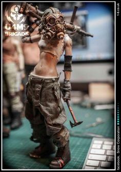 grafika cyber, cyberpunk, and guns Character Concept, Character Art, Concept Art, Post Apocalypse, Mad Max, Poses References, Diesel Punk, Tank Girl, Figure Model