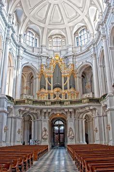 L'orgue Silbermann (1755) de la Cathédrale de la Ste Trinité de Dresden (D).
