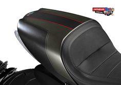 Ducati-Diavel-Carbon-2016-Seat.jpg (1920×1354)