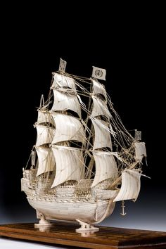Rare ivory model of the 'Royal Sovereign' by A W Kiddie Ancient Egyptian Tombs, Pictures On String, Classic Sailing, Antique Fairs, Rocks And Gems, Ship Art, Model Ships, Japanese Art, Oeuvre D'art
