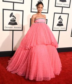 Rihanna steals the Grammys in Giambattista Valli couture