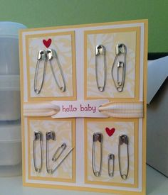 Eine handgemachte Karte zur Geburt. Eine zuckersüße Idee und eine tolle Umsetzung!   #bastelideen #geschenkgeburt #geschenkschwangerschaft #geschenkdiy #handmadekarte