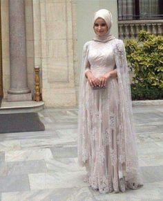 Outstanding Long Luxurious Gown with Hijab for Formal Looks – Girls Hijab Style & Hijab Fashion Ideas Muslimah Wedding Dress, Muslim Wedding Dresses, Hijab Bride, Kebaya Muslim, Muslim Dress, Islamic Fashion, Muslim Fashion, Fashion Vestidos, Shabby Chic