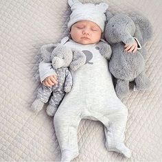 Find images and videos about cute, baby and kids on We Heart It - the app to get lost in what you love. Baby Outfits, Little Babies, Cute Babies, Foto Baby, Everything Baby, Baby Kind, Baby Baby, Baby Girls, Baby Boy Fashion