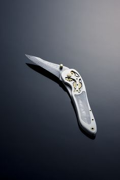 Unique folding knife