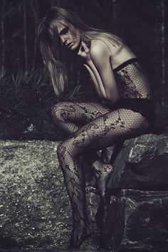 For the lust of lace - Fashionising.com