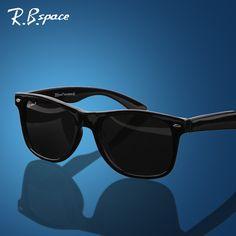$7.98 (Buy here: https://alitems.com/g/1e8d114494ebda23ff8b16525dc3e8/?i=5&ulp=https%3A%2F%2Fwww.aliexpress.com%2Fitem%2FLarge-sunglasses-polarized-sunglasses-driving-glasses-classic-sunglasses%2F1616273277.html ) 2017 Unisex fashion vintage Polarized sunglasses man Classic Brand Rivets Metal Design men  women retro Sun glasses gafas oculos for just $7.98