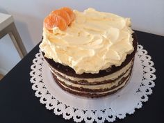 #TortaDeBanana con crema suiza de mandarina. Banana cake with swiss meringue mandarine buttercream  by #Mufflinks. Pedidos mufflinks@yahoo.com