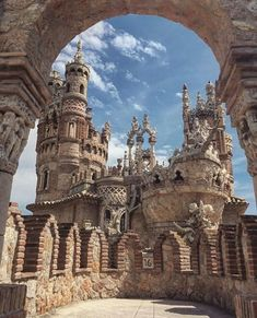 Science Discover Castillo de Colomares Spain - Ropa Tutorial and Ideas Benalmadena Spain Places To Travel Places To See Andalucia Spain Malaga Spain Voyage Europe Beautiful Castles Am Meer Beautiful Places To Visit Benalmadena Spain, Places To Travel, Places To See, Andalucia Spain, Malaga Spain, Voyage Europe, Beautiful Castles, Spain And Portugal, Beautiful Places To Visit
