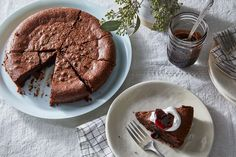 Gooey Chocolate Cake, Flourless Chocolate Cakes, Melting Chocolate, Chocolate Desserts, Baking Recipes, Cake Recipes, Dessert Recipes, Food 52, Fiestas