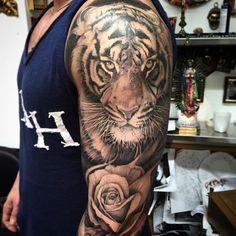 Grrr... #tigertattoo #rosetattoo #tattoo #tattoooftheday #ink #inked #inkjunkeyz