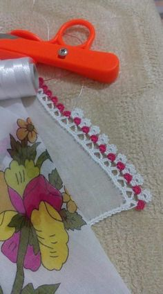 """Diy Crafts - Oya Örnekle """"This post was discovered by Nlg"""" Crochet Edging Patterns, Crochet Borders, Crochet Stitches, Embroidery Stitches, Hand Embroidery, Crochet Trim, Crochet Lace, Saree Kuchu Designs, Learn To Crochet"""