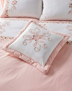 Willow Puffball is a beautiful design by Ringley Home. Bed Cover Design, Bed Design, Bed Covers, Cushion Covers, Cushions On Sofa, Bed Pillows, Folding Fitted Sheets, Designer Bed Sheets, Cushion Embroidery