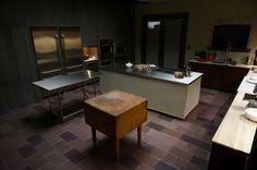 Set. Hannibal's Kitchen.