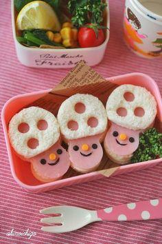 "Cute ham & cheese ""mushroom"" sandwich bento box"