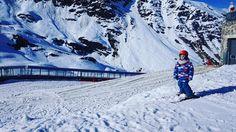 .....mi gran txikitxu esquiador!primera vez con los esquís ....y lo superó con nota!!!#semea #hijomayor#hijo#pirineos #esquiador#primeravez#esquis #esquiar#eski #eskiatzen #semenagusia#seis#sei#seiurte#6#cauterets #francia #habilidoso#ausarta#snow #instapic #instaski #instagram #instakids # by hiru_ttiki