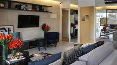 Apartamentos Decorados com as melhores idéias e novidades. Decor, Living Room, Furniture, Room, House, Eames Lounge Chair, Home Decor, Inside Home, Modern Apartment
