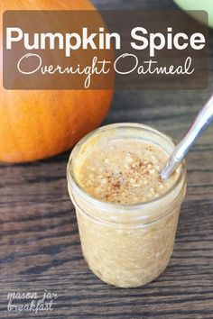Pumpkin Spice Overnight Oatmeal - This gluten free Mason jar breakfast is essentially fall in a jar. Seriously if youre a pumpkin lover do not overlook this super easy Mason jar idea. Bonus: You make this Mason jar recipe the night before so in the morn Oatmeal In A Jar, Overnight Oatmeal, Mason Jar Oatmeal, Dairy Free Overnight Oats, Pumpkin Overnight Oats, Overnight Breakfast, Mason Jar Meals, Meals In A Jar, Mason Jars