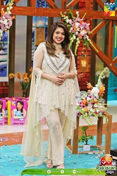 Sanam Jung is well known Pakistani actress, model, host and VJ. Sanam Jung is back in Jago Pakistan Jago after a break. See her pictures.