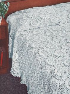 Vintage Crochet Pattern to make  Sunflower Motif Bedspread NOT a finished item This is a pattern andor instructions to make the item only >>> Want additional info? Click on the image.