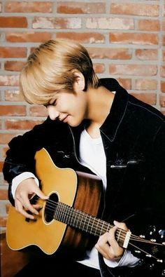 """jungkook is a new boy in the school and taehyung is his bully. Bts Taehyung, Bts Bangtan Boy, Jungkook Fanart, Daegu, Foto Bts, Btob, K Pop, Boy Band, Bts Kim"
