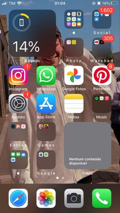 Iphone Home Screen Layout, Iphone App Layout, Iphone Home Page, Organize Phone Apps, Iphone Wallpaper Ios, Iphone Cases Cute, Settings App, App Covers, Phone Organization