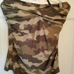 """Womens Swim Suit Way cute! Camo Tankini w/ hi waist bottom. (No """"tummy show"""") paid $74 + for it, only worn a couple hrs. Excellent condition. Top is sz.14 Women's, bottomis sz. 12 Women's. I am 38 DD & this fits me great, just don't care for halter neck. VENUS Swim"""