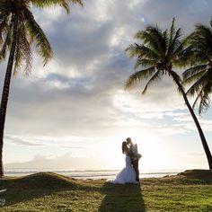 Olowalu love  @kaua_wedding_photography  #justmarried #mauiweddingplanner