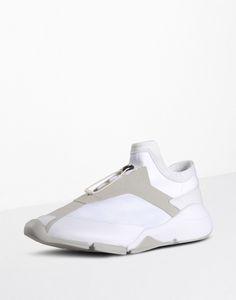 3fe317c4d88d7  Y 3 FUTURE LOW Sneakers