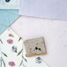 Make plantable paper for these botanical cards, which your recipients can place in their gardens and continue to enjoy.