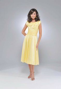 Buy Taffeta Scoop Neckline with Softly Cap Sleeve Short Skirt Light Yellow 2011 Bridesmaid Dresses Online Dress Store At LuckyGown.com