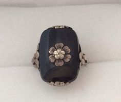 Art Deco Era 10K Gold Cushion cut Black Onyx & White Gold Adorned with Floral Center Solitaire - Lovely Antique Ring