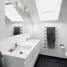 Badeværelse i sort og hvidt