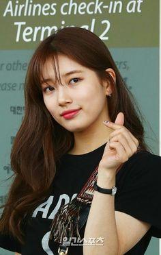 Korean Actresses, Actors & Actresses, Face Plastic Surgery, Face Photo, Bae Suzy, Lee Jong Suk, Queen, Baby Pictures