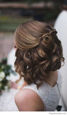 half-up-curly-brown-hair-idea
