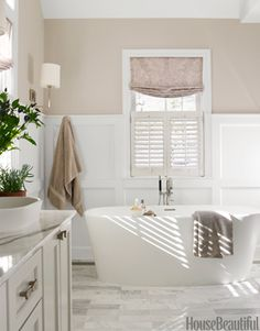 A Serene Bathroom-Benjamin Moore Sea Pearl paint color