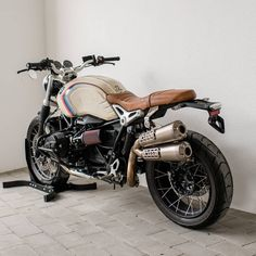 Bmw Scrambler, R Nine T Scrambler, Scrambler Custom, Bmw Cafe Racer, Cafe Racer Motorcycle, Moto Bike, Bmw Classic, Nine T Bmw, Bmw R 80
