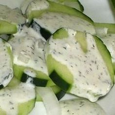 A cool cucumber salad with low fat dressing that is great for bar-b-ques. Creamy Cucumber Salad, Cucumber Dressing, Creamed Cucumbers, Cooking Roast Beef, Custard Desserts, Cooking Recipes, Healthy Recipes, Easy Recipes, Healthy Dinners