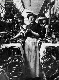 Lancashire Mill Girl, circa 1905 ...Martin Coop's mom worked in a mill, it was so loud the girls learnt to lip read. Not good when the footy boys use bad language on the telly lol!!