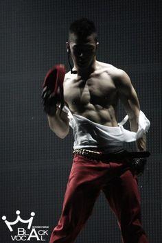 Taeyang (태양) of Big Bang