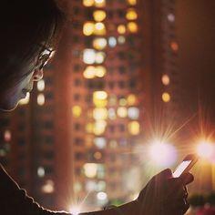 Instagram【bar__gainfung1301】さんの写真をピンしています。 《📱 -  在這年頭、任何時候都是📱'機'不可失的 - #冇咗手機我會好空虛#手機#沙田#新城市廣場#夜#夜景#城市#月巴御用演員#香港 #mobile#city#cityview#landscape_captures#night#nightlight#WHP#discoverhongkong#hongkong#🌃#💡#🇭🇰》